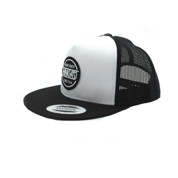 Gorra blanca parche